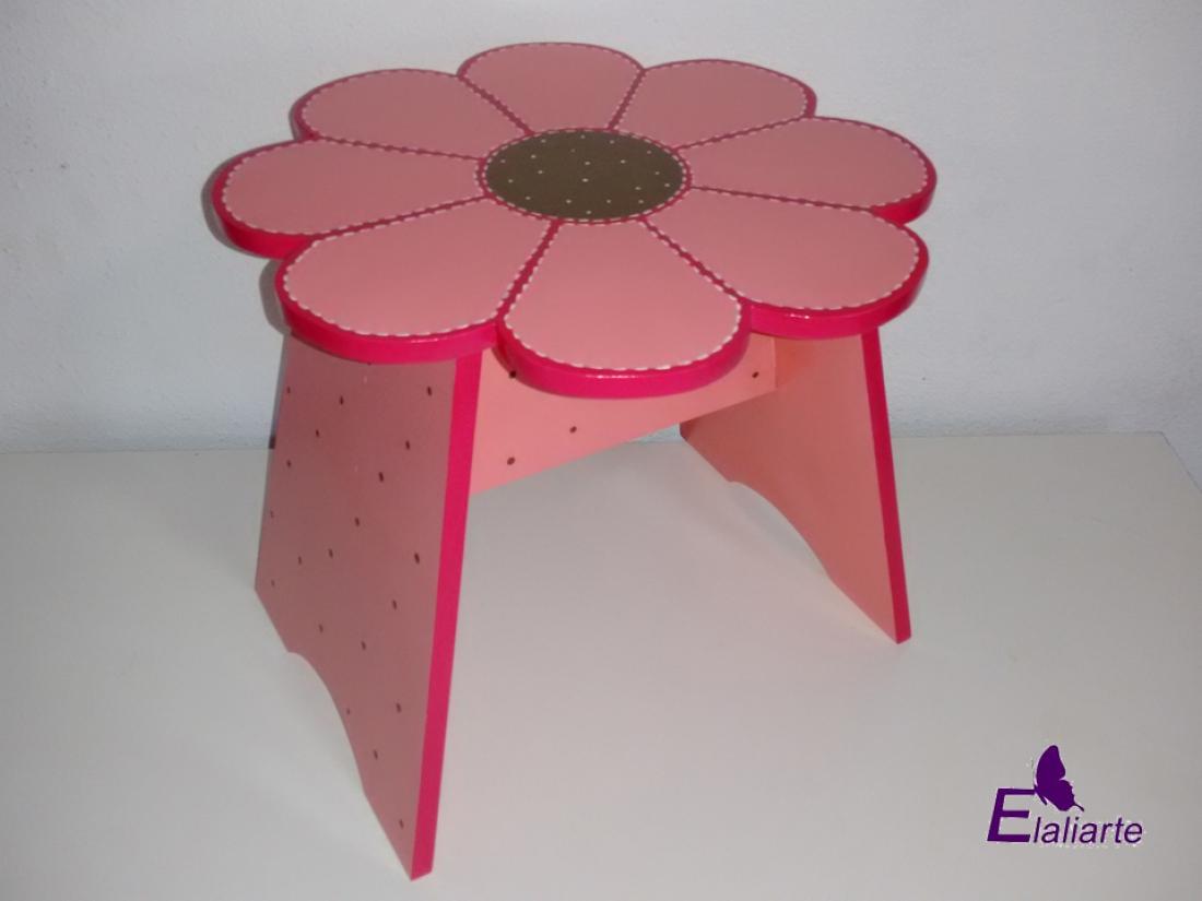 Banco de flor rosa